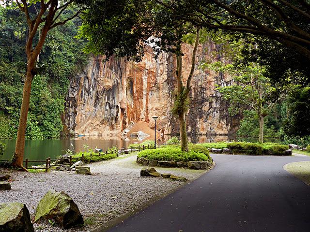Singapore Parks Explore for Free